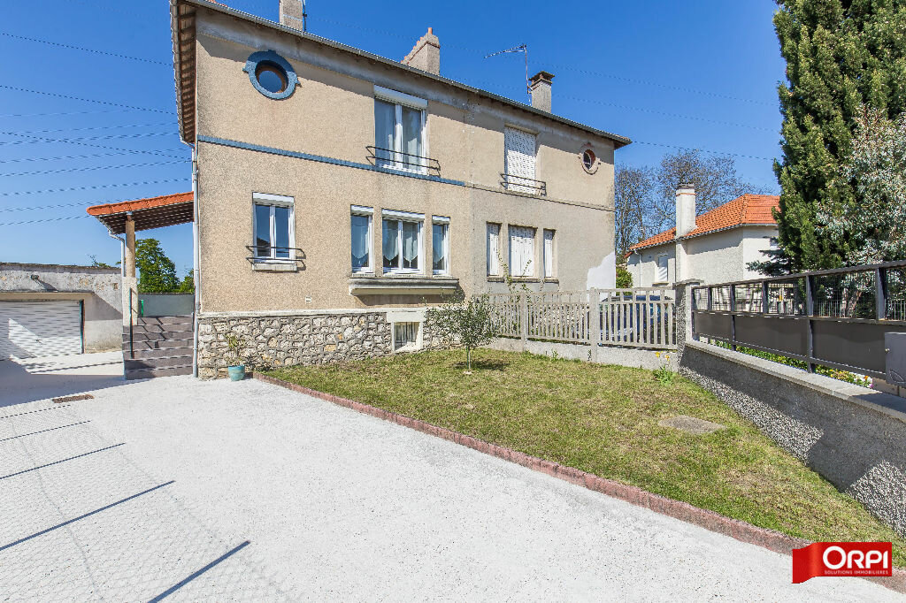 Achat Maison 5 pièces à Boissy-Saint-Léger - vignette-3