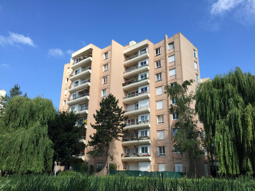 Achat Appartement 5 pièces à Boissy-Saint-Léger - vignette-1