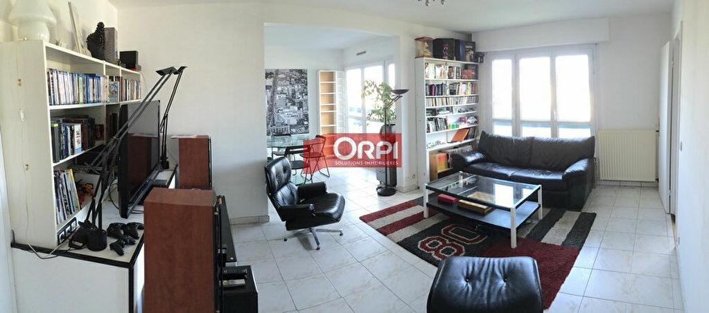 Achat Appartement 4 pièces à Boissy-Saint-Léger - vignette-4