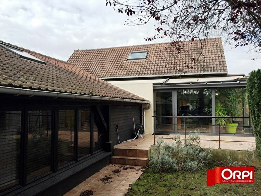 Achat Maison 14 pièces à Boissy-Saint-Léger - vignette-1