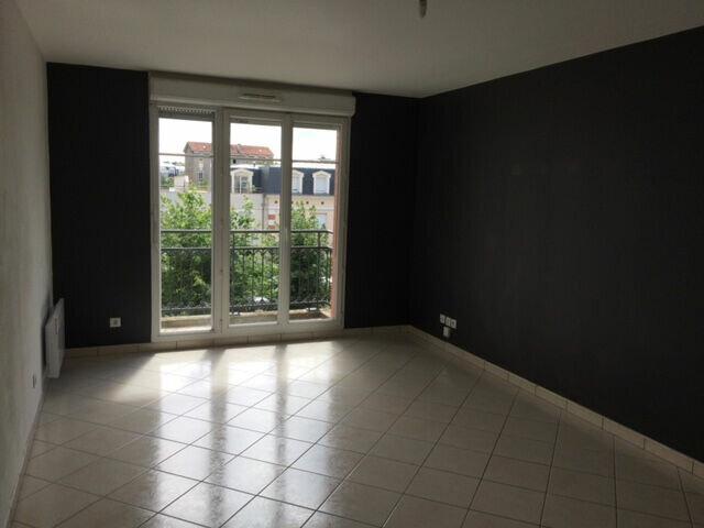 Location Appartement 3 pièces à Meaux - vignette-2