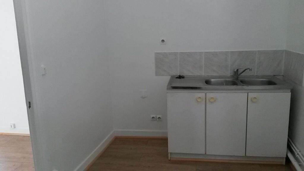 Location Appartement 1 pièce à Meaux - vignette-2