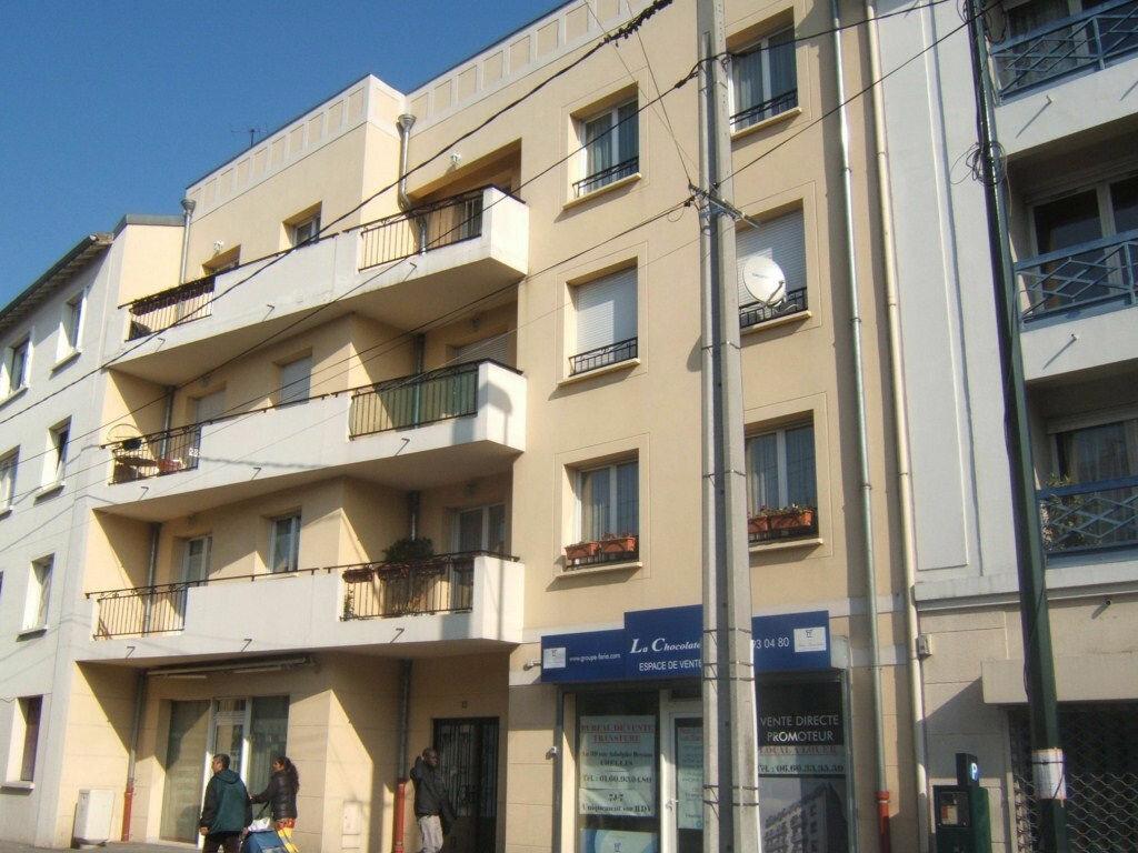 Location Appartement 3 pièces à Chelles - vignette-1