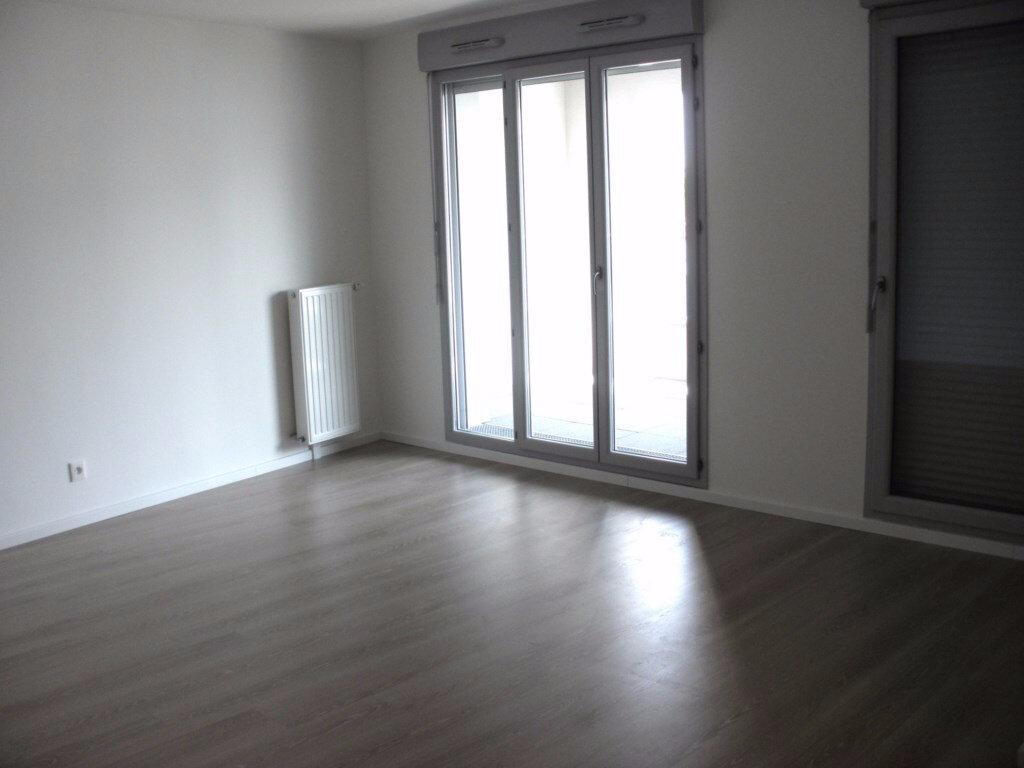 Achat Appartement 3 pièces à Chelles - vignette-3