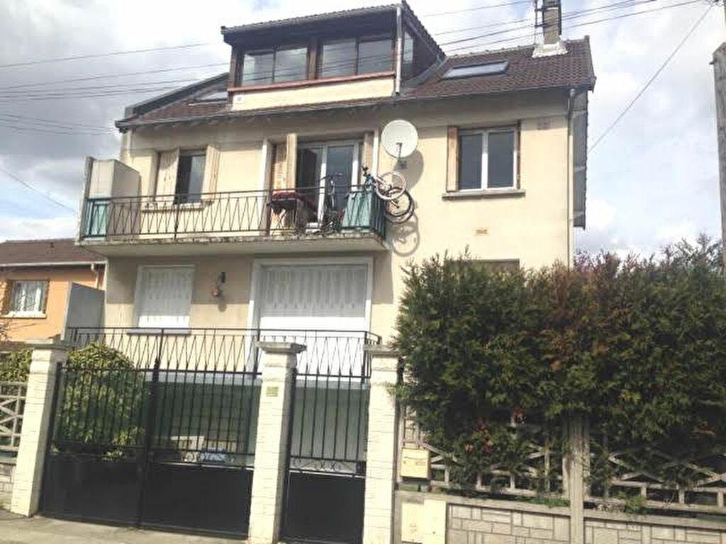 Achat Appartement 4 pièces à Bobigny - vignette-1