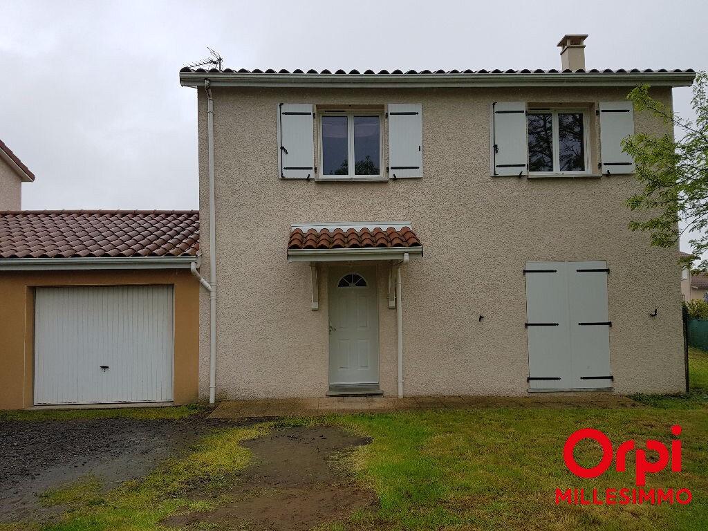 Location Maison 4 pièces à Viricelles - vignette-1