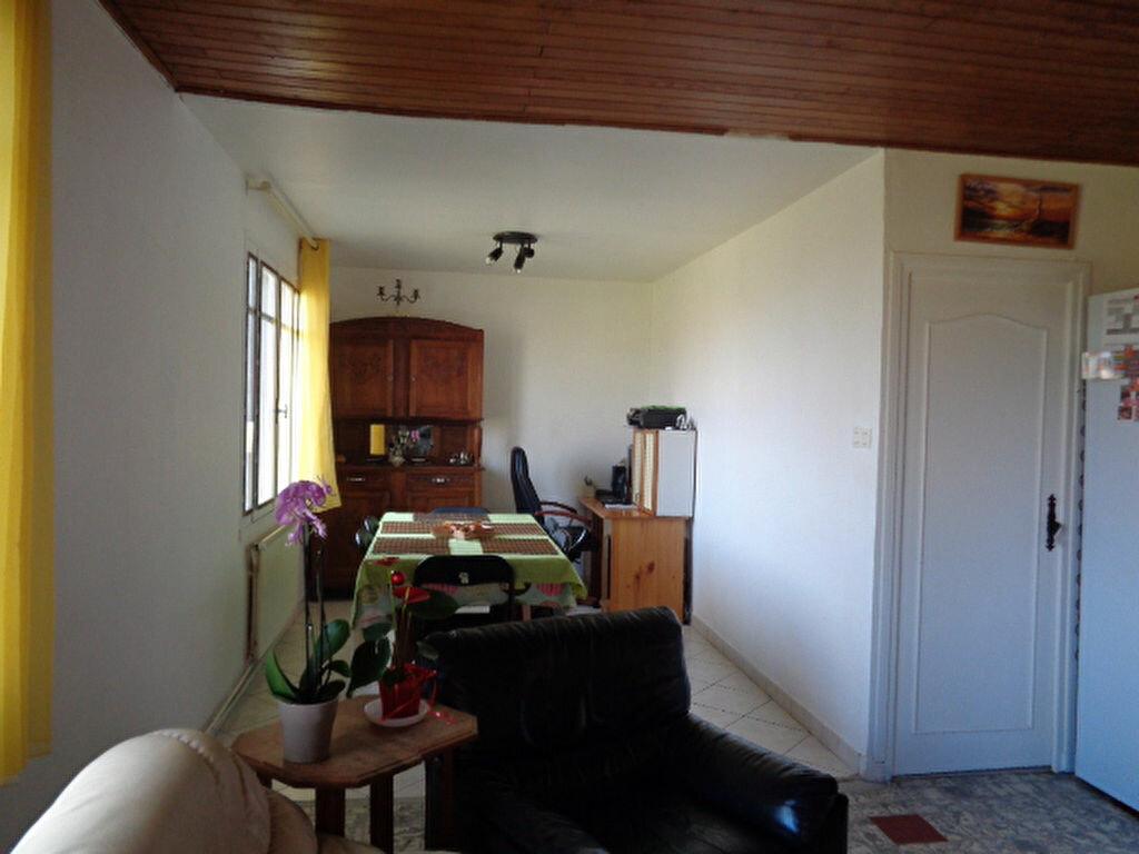 Achat Maison 4 pièces à Saint-Martin-en-Haut - vignette-1