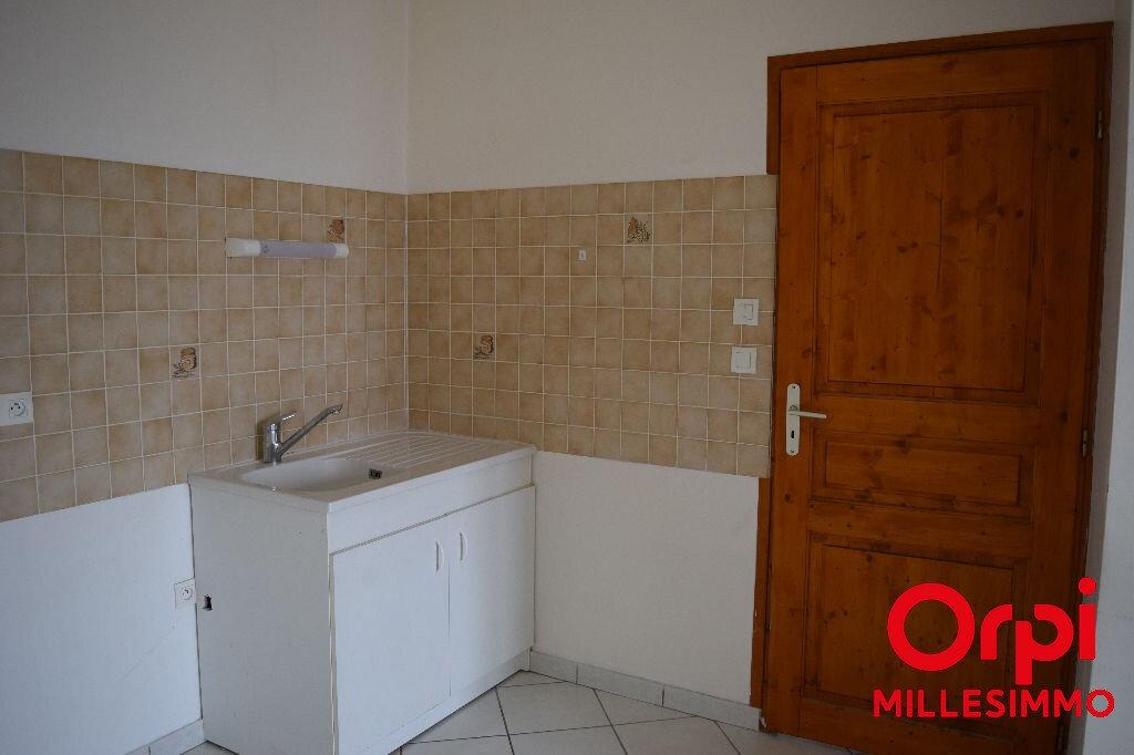 Location Appartement 2 pièces à Saint-Laurent-de-Chamousset - vignette-1