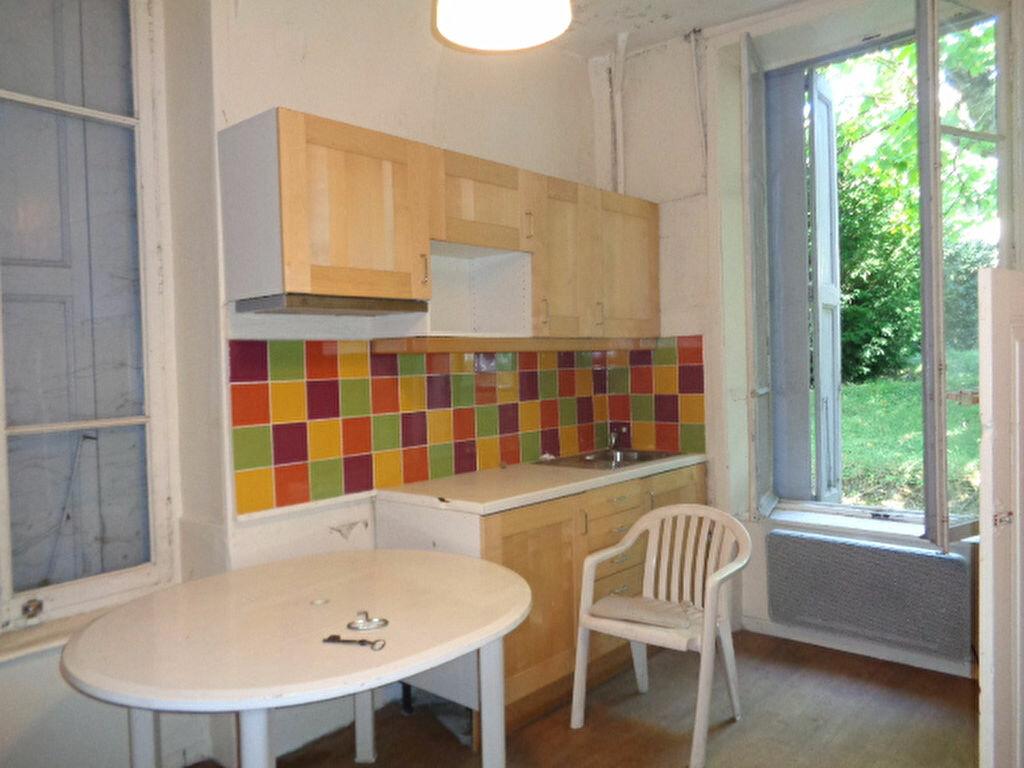 Achat Maison 12 pièces à Saint-Symphorien-sur-Coise - vignette-4