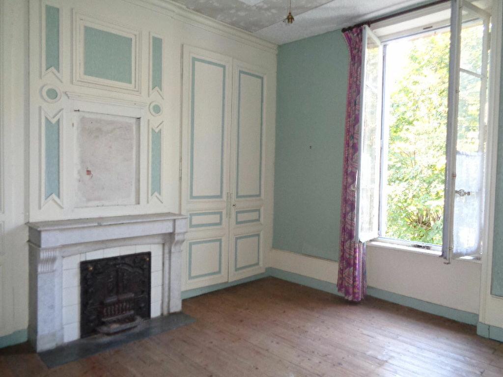 Achat Maison 12 pièces à Saint-Symphorien-sur-Coise - vignette-7