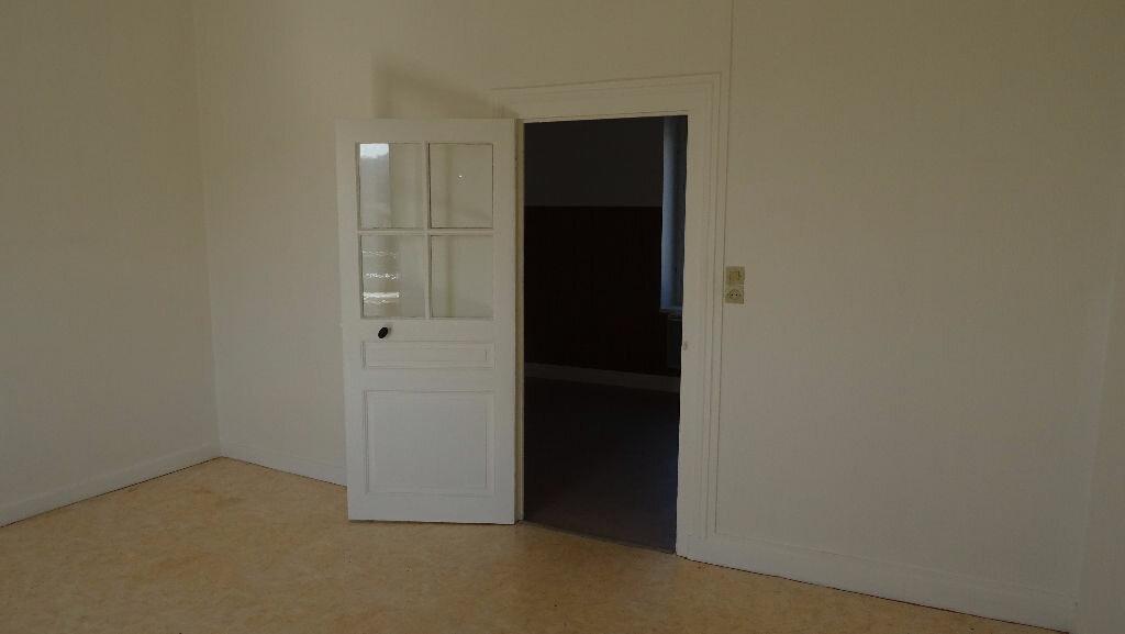 Location Appartement 3 pièces à Saint-Martin-en-Haut - vignette-2