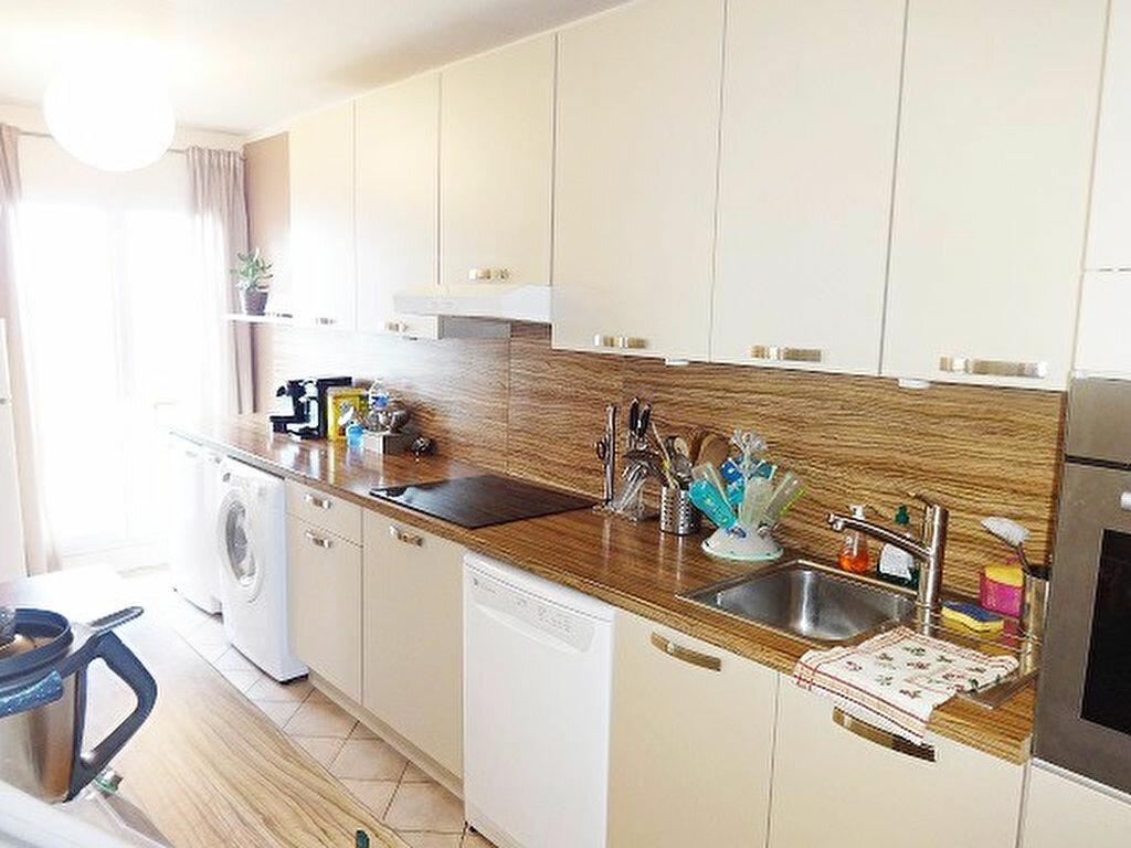 Achat Appartement 3 pièces à Saint-Ouen-l'Aumône - vignette-5