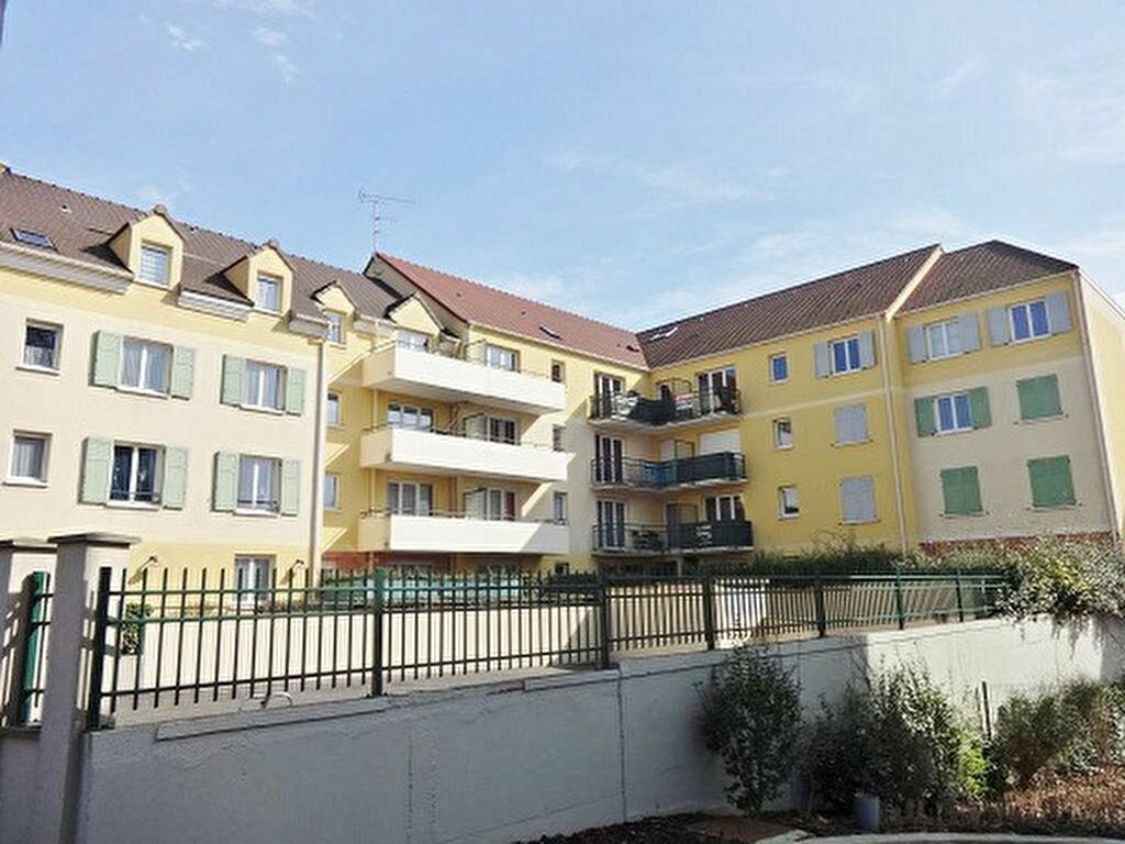 Achat Appartement 3 pièces à Saint-Ouen-l'Aumône - vignette-7