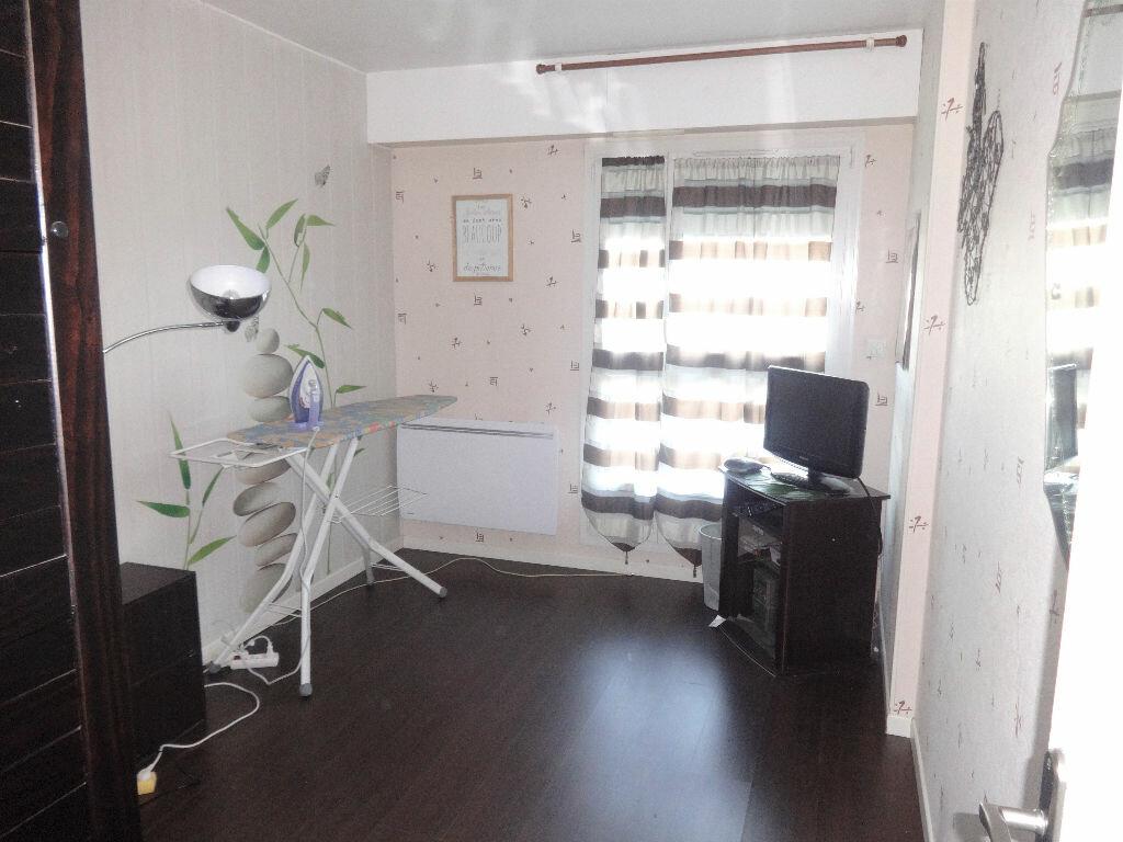 Achat Appartement 4 pièces à Saint-Ouen-l'Aumône - vignette-7