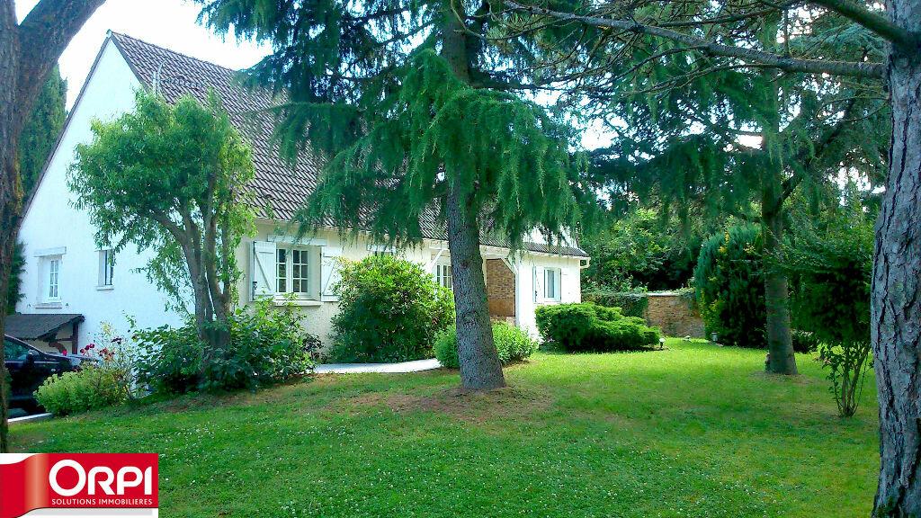 Achat Maison 7 pièces à Brie-Comte-Robert - vignette-1