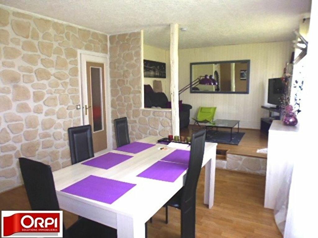 Achat Appartement 5 pièces à Brie-Comte-Robert - vignette-1