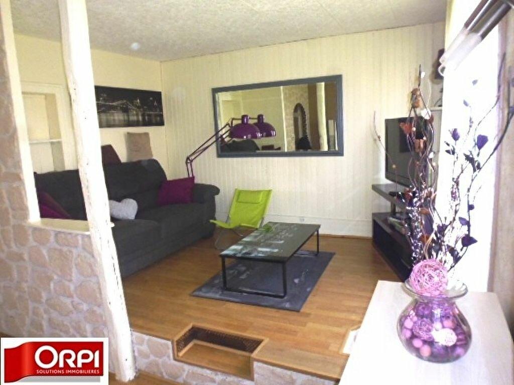 Achat Appartement 5 pièces à Brie-Comte-Robert - vignette-2