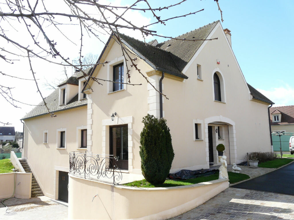 Achat Maison 8 pièces à Fontenay-Trésigny - vignette-1