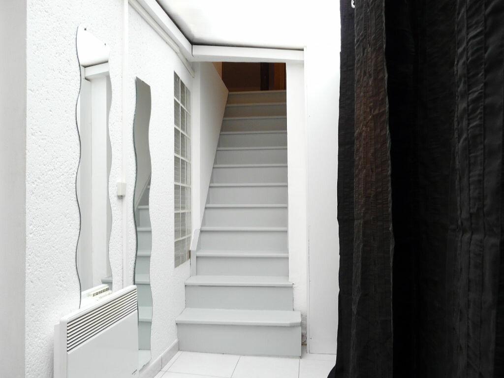Achat Appartement 2 pièces à Chaumes-en-Brie - vignette-4