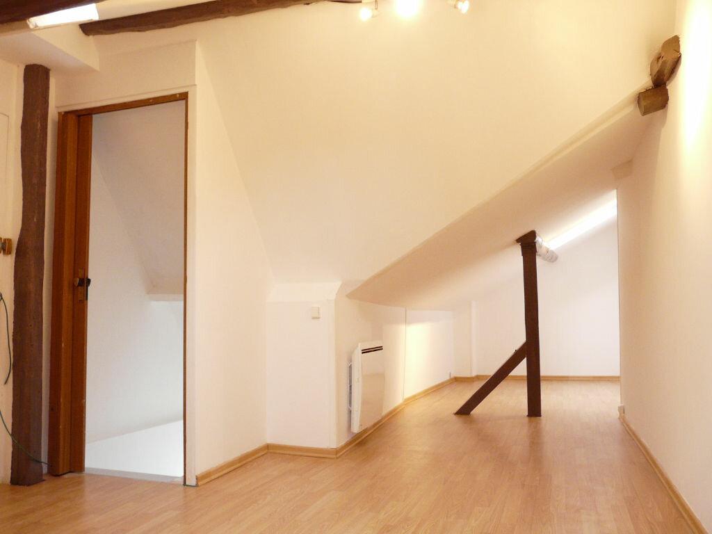 Achat Appartement 2 pièces à Chaumes-en-Brie - vignette-5