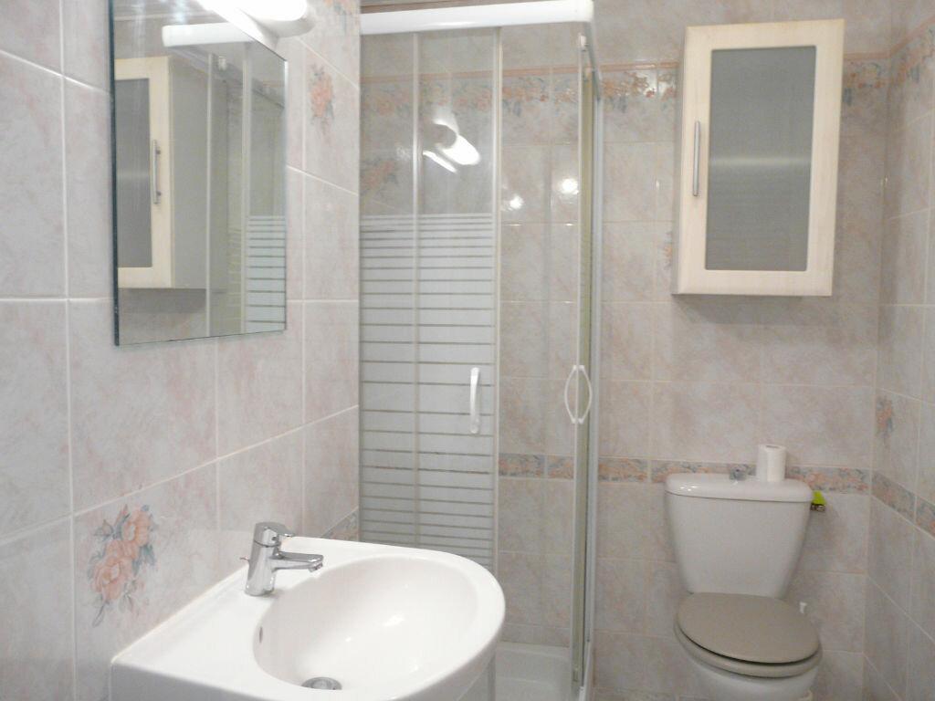 Achat Appartement 2 pièces à Chaumes-en-Brie - vignette-7