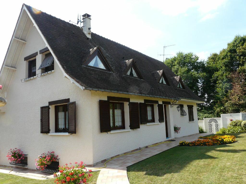 Achat Maison 5 pièces à Chaumes-en-Brie - vignette-1