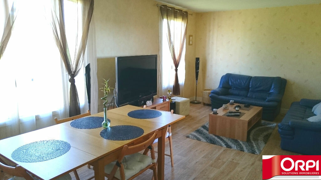 Achat Appartement 4 pièces à Brie-Comte-Robert - vignette-3
