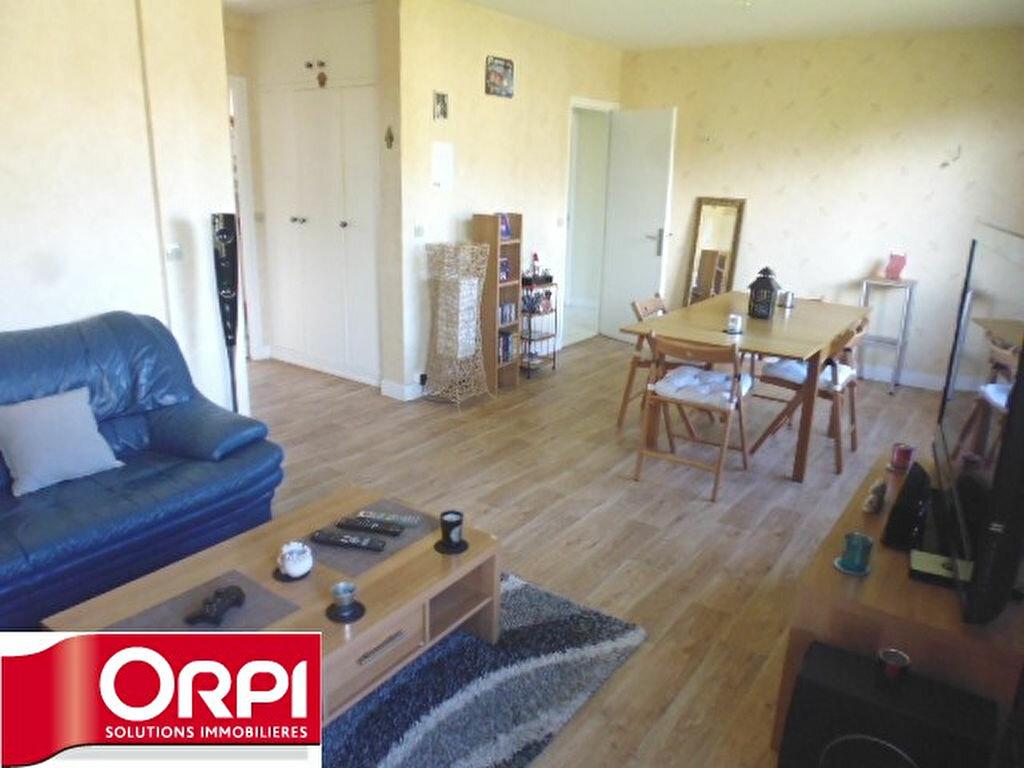 Achat Appartement 4 pièces à Brie-Comte-Robert - vignette-7