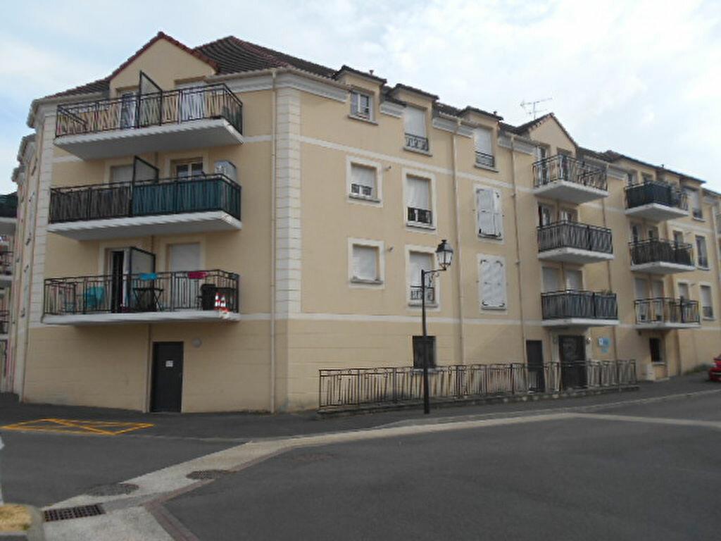 Location Appartement 2 pièces à Brie-Comte-Robert - vignette-1