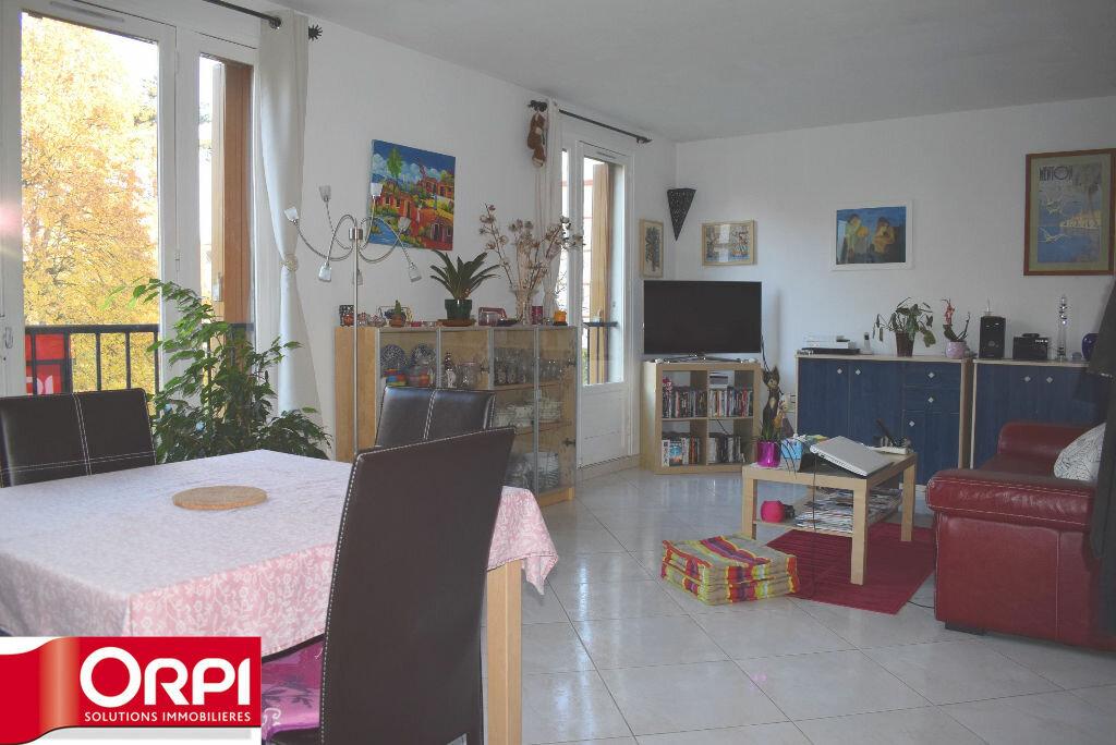 Achat Appartement 4 pièces à Brie-Comte-Robert - vignette-1
