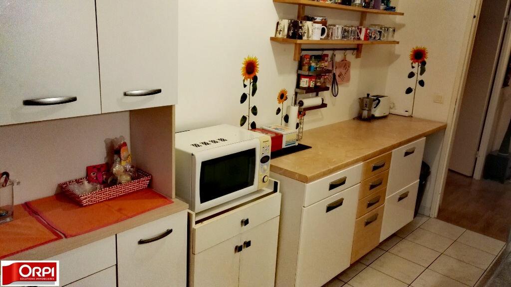 Achat Appartement 3 pièces à Brie-Comte-Robert - vignette-3