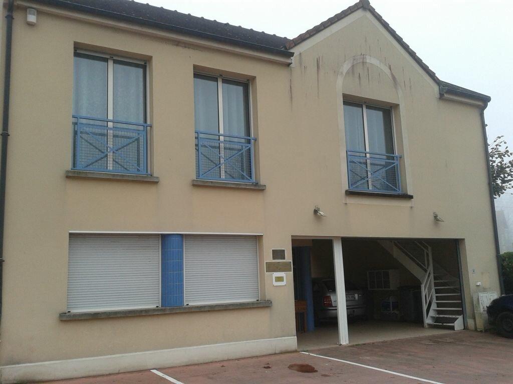 Location Local commercial  à Montreuil-aux-Lions - vignette-1