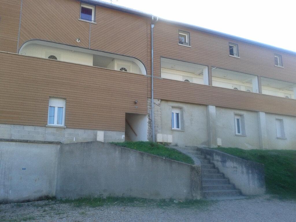 Location Appartement 2 pièces à Luzancy - vignette-1