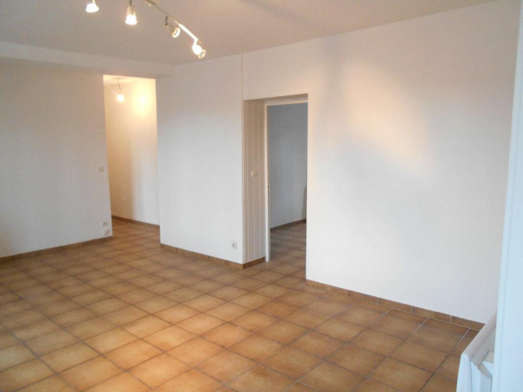 Location Appartement 3 pièces à Saâcy-sur-Marne - vignette-1