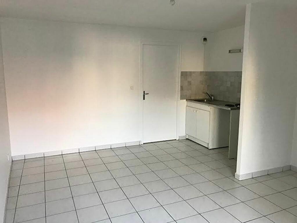 Location Appartement 2 pièces à La Ferté-sous-Jouarre - vignette-1