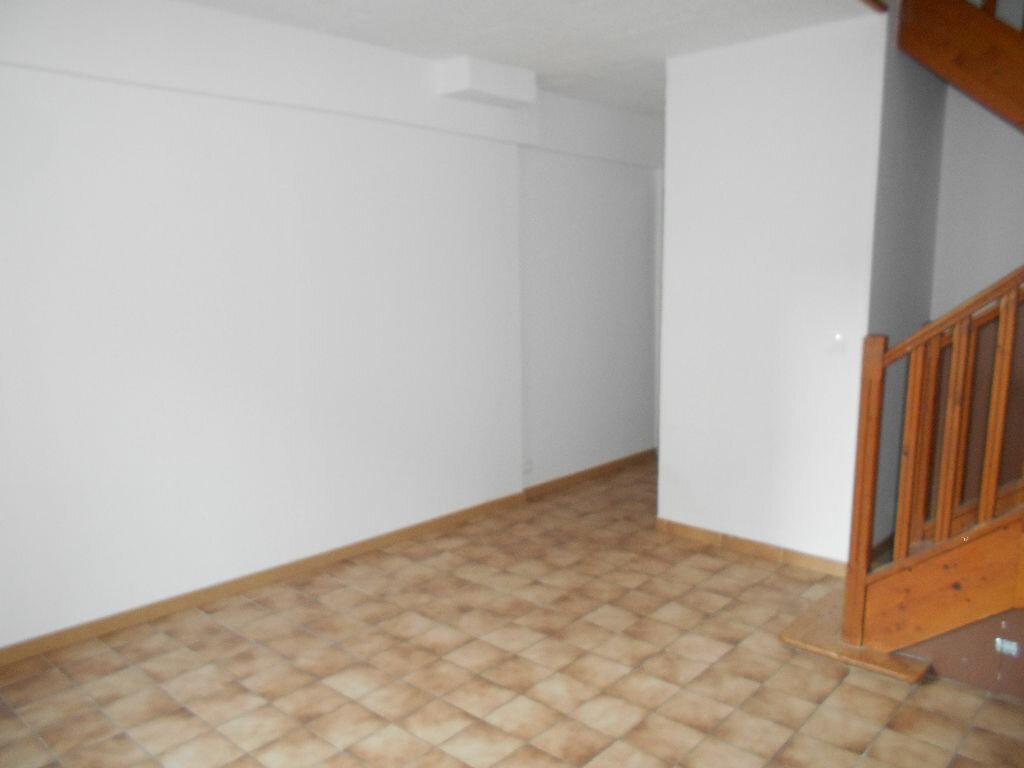 Location Maison 4 pièces à Citry - vignette-1