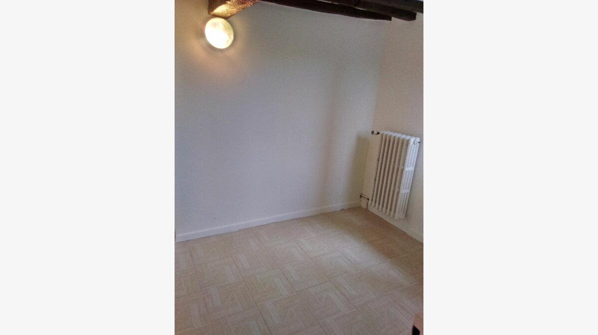 Location Maison 4 pièces à Saâcy-sur-Marne - vignette-10