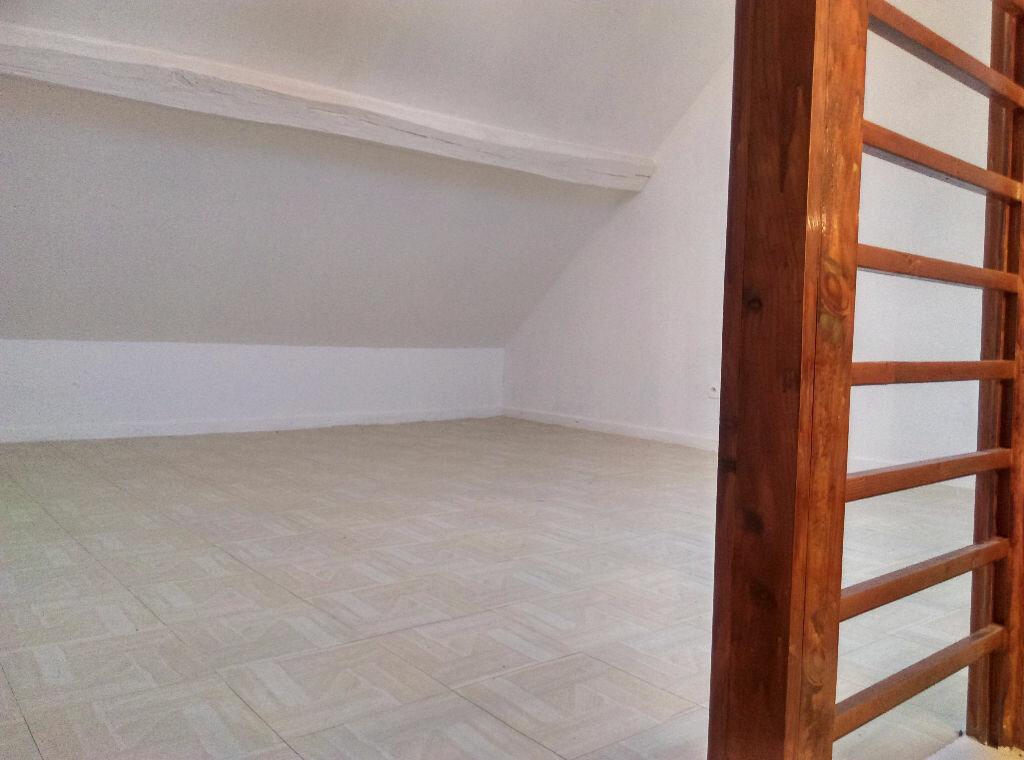 Location Maison 4 pièces à Saâcy-sur-Marne - vignette-13