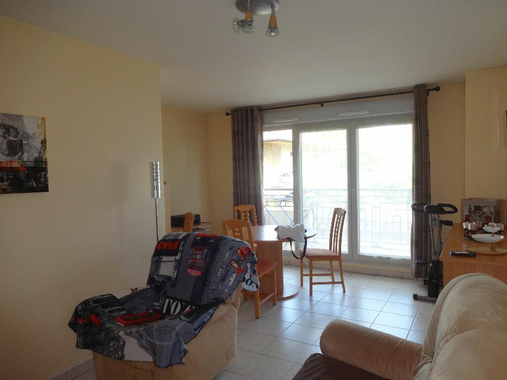 Achat Appartement 2 pièces à Montluel - vignette-7