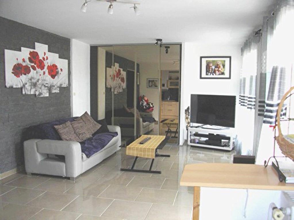 Achat Appartement 2 pièces à Montluel - vignette-1