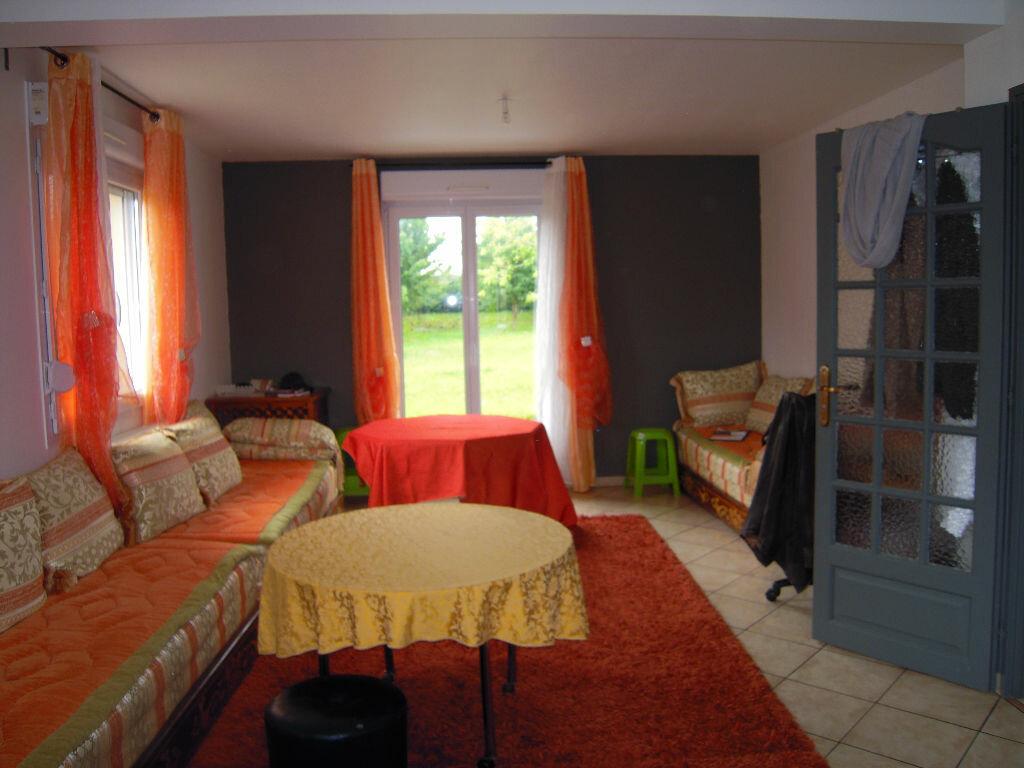 Achat Maison 7 pièces à Saint-Lyé - vignette-3