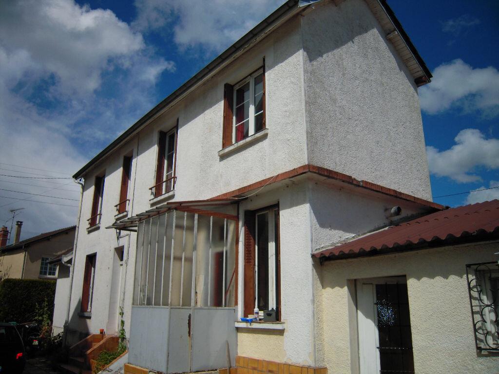 Achat Maison 5 pièces à Sainte-Savine - vignette-1