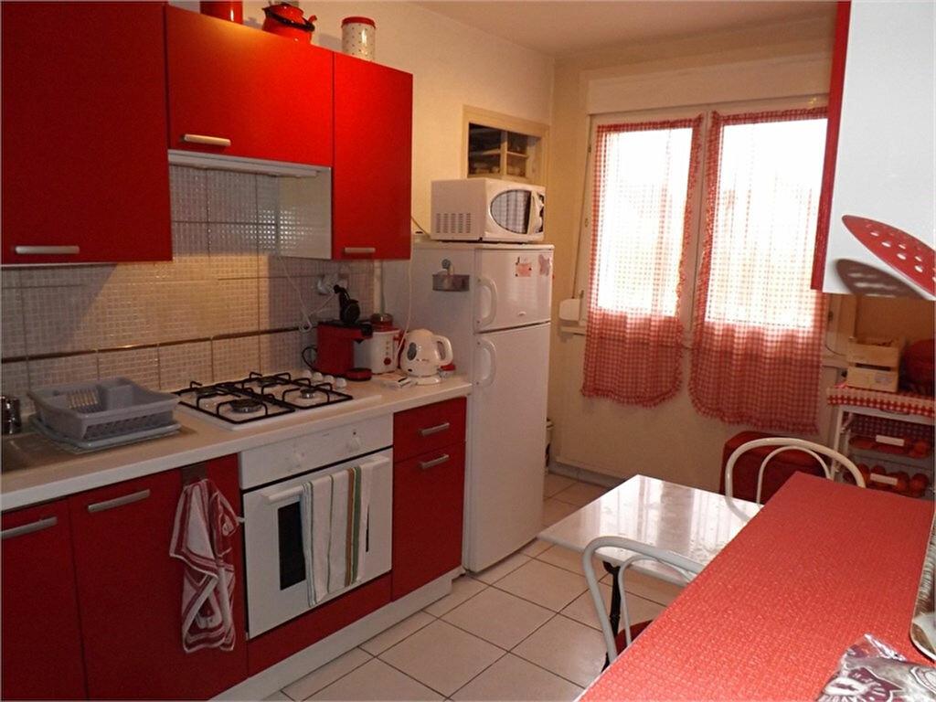 Achat Appartement 2 pièces à La Chapelle-Saint-Luc - vignette-1
