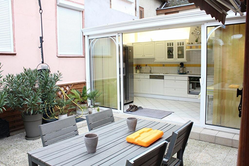 Achat Appartement 6 pièces à Troyes - vignette-1