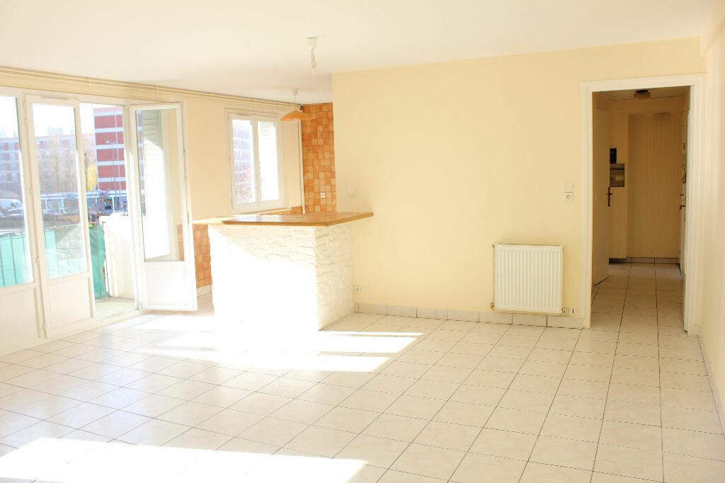 Achat Appartement 3 pièces à Troyes - vignette-1