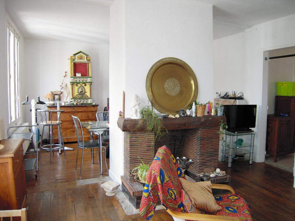Achat Appartement 6 pièces à Sainte-Savine - vignette-1