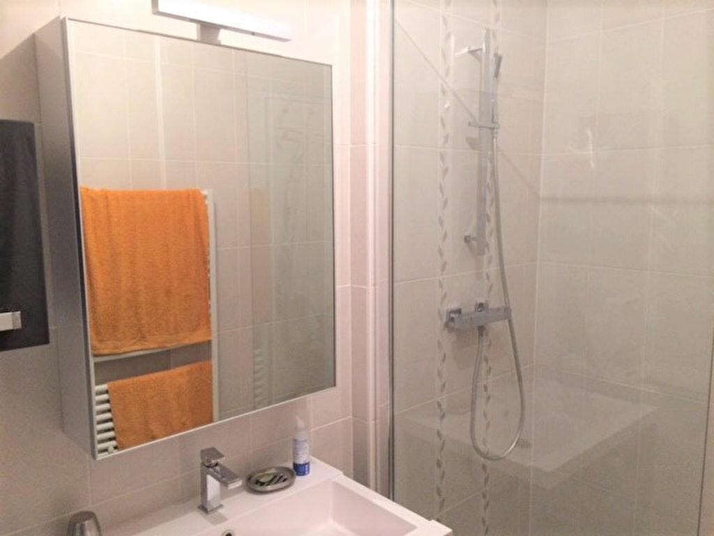 Achat Appartement 4 pièces à Saint-Julien-les-Villas - vignette-3