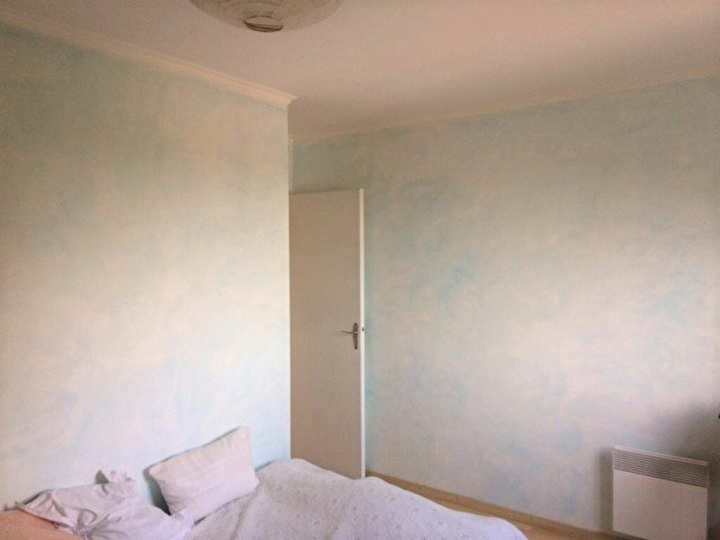Achat Appartement 4 pièces à Saint-Julien-les-Villas - vignette-6