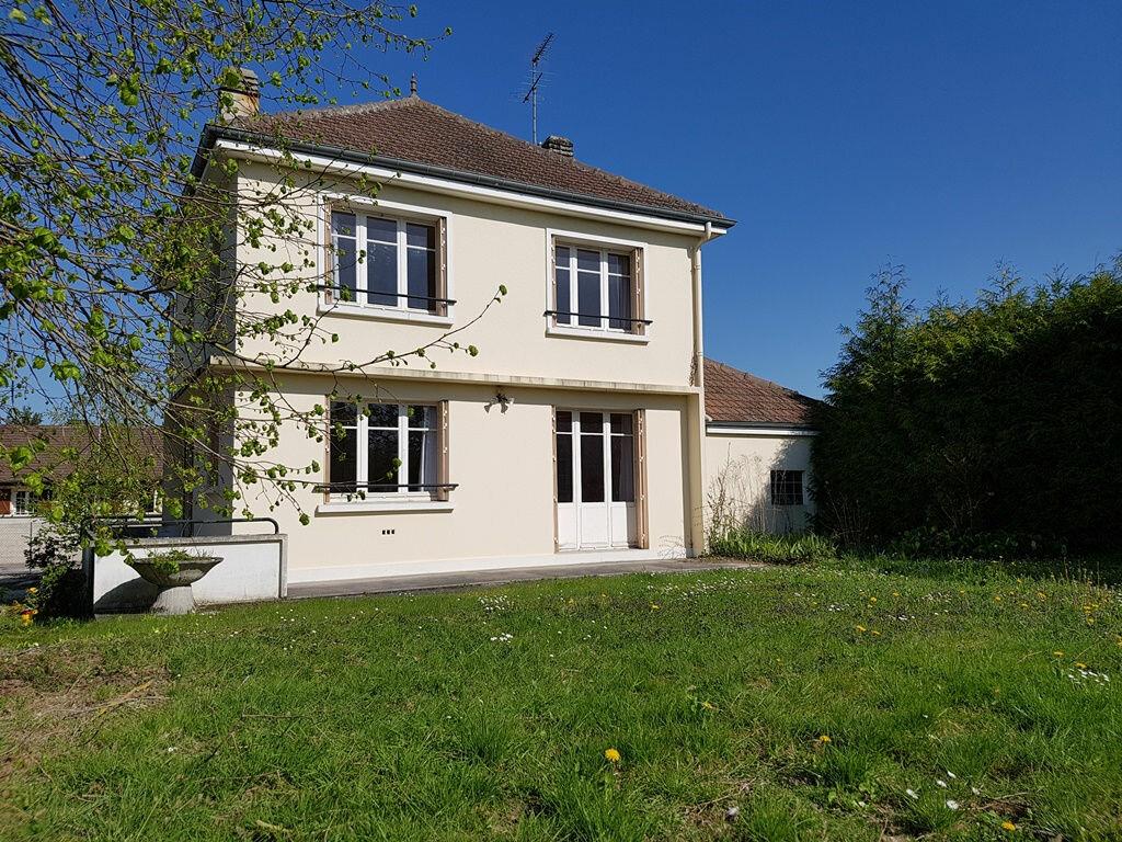 Achat Maison 7 pièces à Creney-près-Troyes - vignette-1