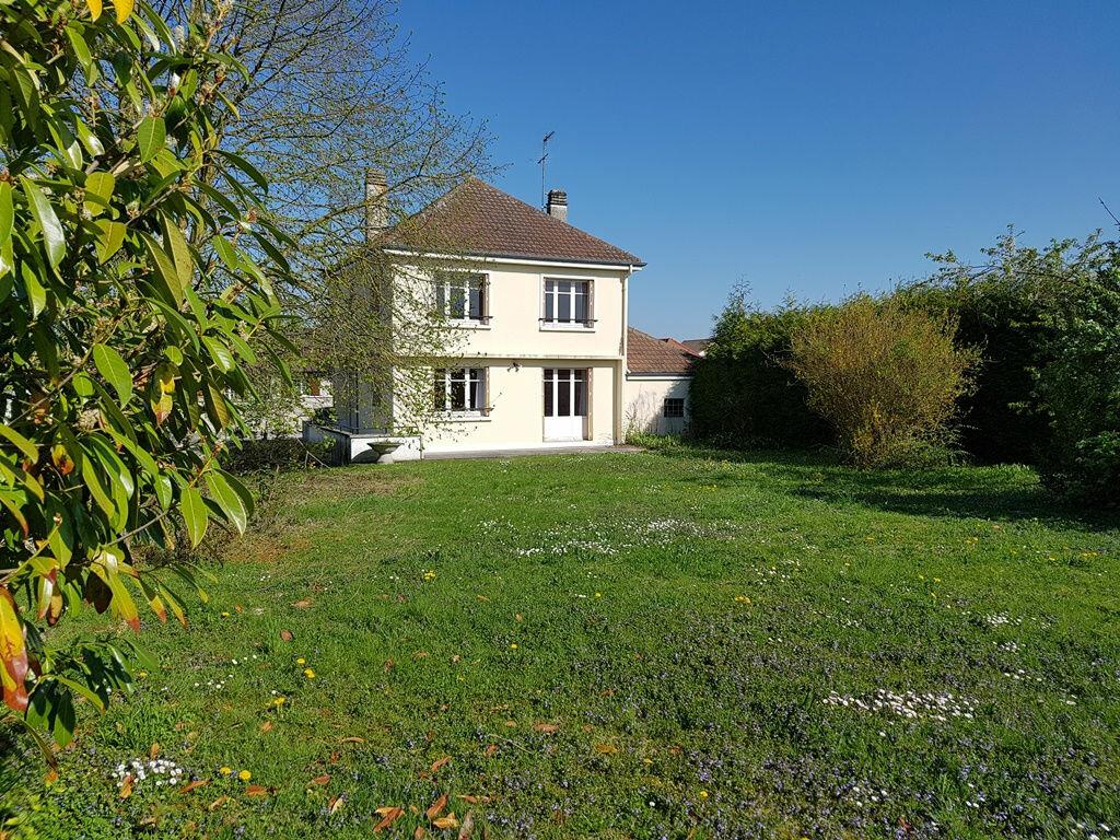 Achat Maison 7 pièces à Creney-près-Troyes - vignette-3
